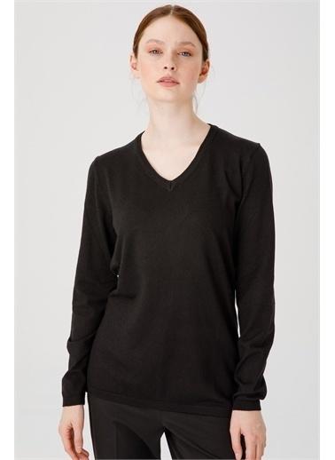 Desen Triko Kadın Lıkralı Uzun Kol Basıc V Yaka Bluz Saks Mavı Siyah